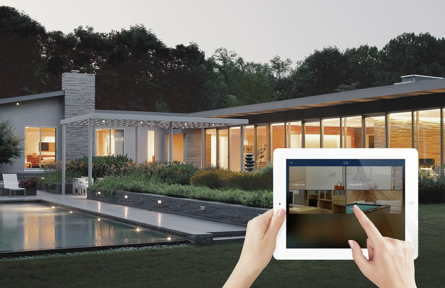 Smart Home Technology: DIY or Hire a Professional?